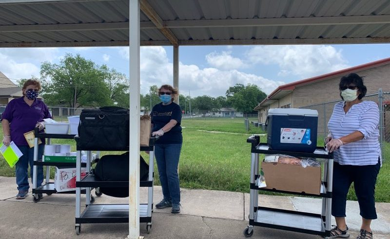 City of Round Rock Parks & Rec. Help Deliver Meals to Congregate Seniors